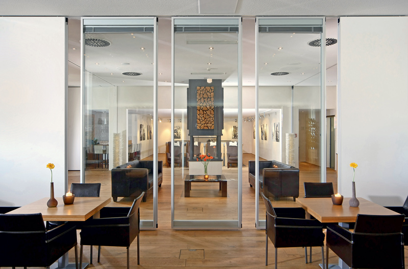 operable-glass-partitions-modernfold & Operable Glass Partitions - Modernfold - Interior Tech | Seattle ...