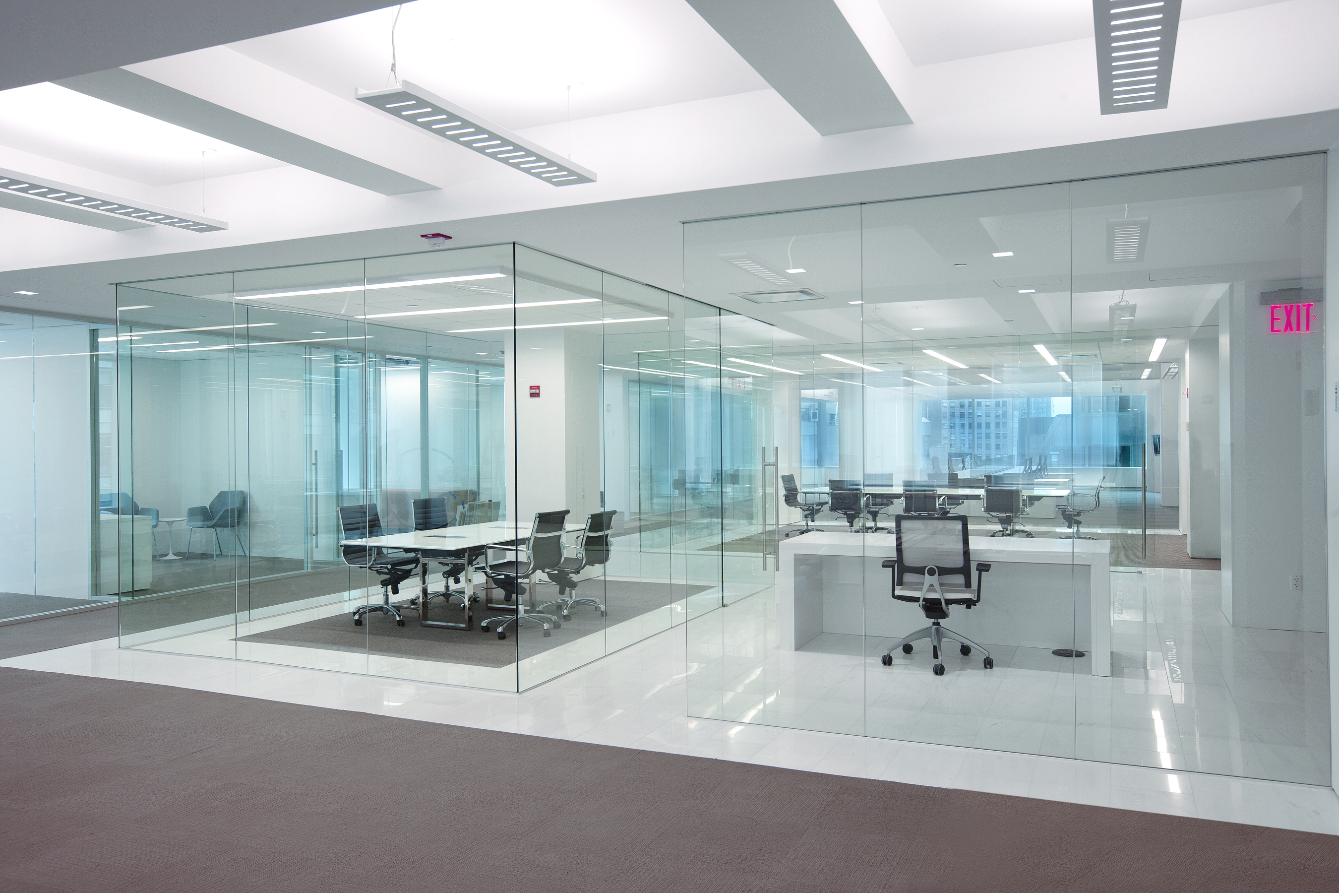 Interior fixed glass partitions interior tech seattle for Technology office design