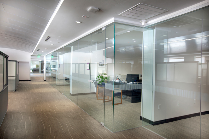Interior glass partitions dorma interior tech Interior glass partition systems