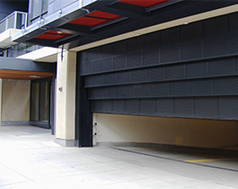 vertical-lift-sectional-doors/