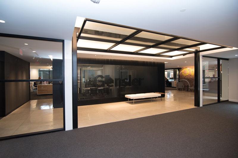 Crown Single Panel Vertical Acting Door Interior Tech